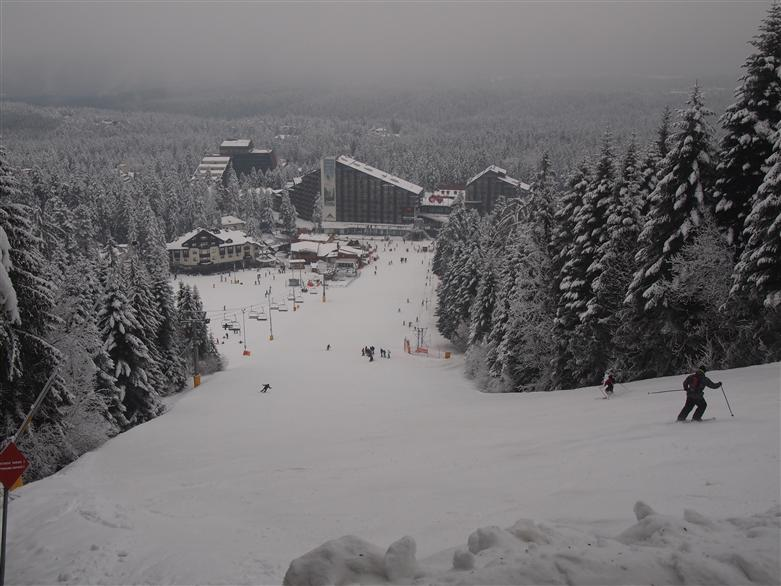 Manchester adventure group skiing Borovets