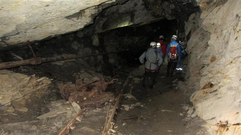 manchester caving